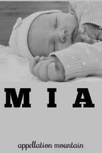 girl name Mia